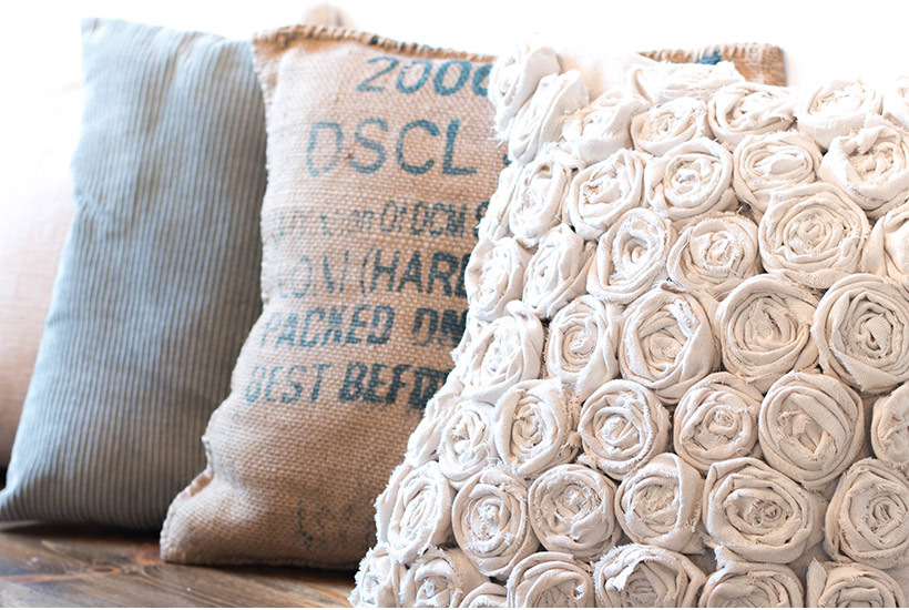 How To Make A Simple Rose Textured Pillow Using A Canvas