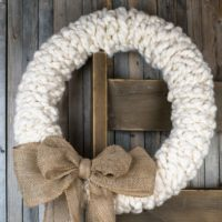 A Rustic Wreath You Can Make in Under 30 minutes - No Really!