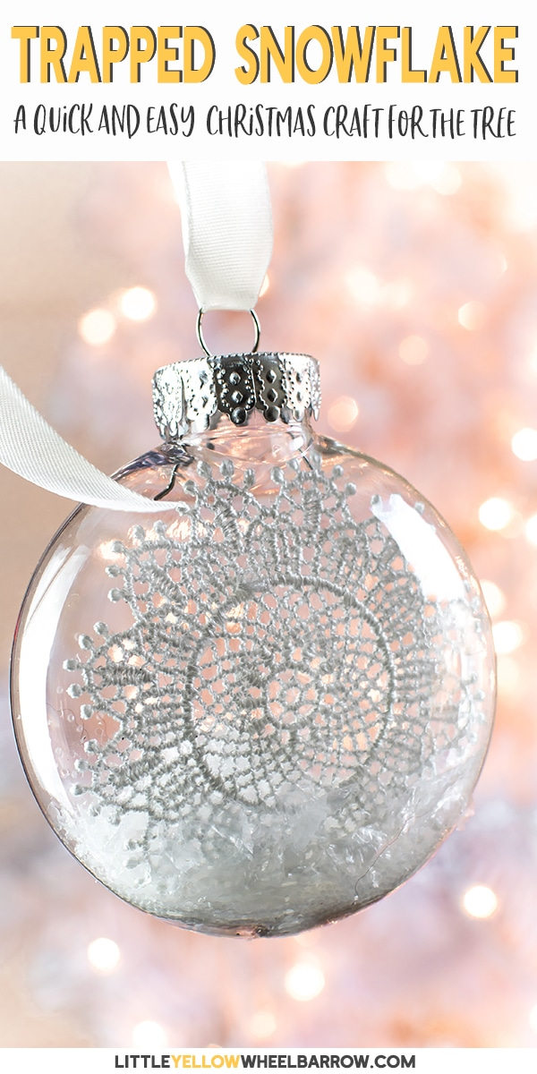 Here is a simple clear ornament idea that takes no time at all to put together. A perfect Christmas craft to make with the kids. These pretty snowflake ornaments add a touch of vintage charm to any Christmas tree. #holidaycrafts #christmascrafts #clearornamentideas #easycraftideas #diycrafts #filledornaments #craftsforkids #snowflakes #wintercrafts