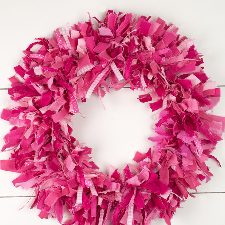 How to Make a Rag Wreath Super Fluffy
