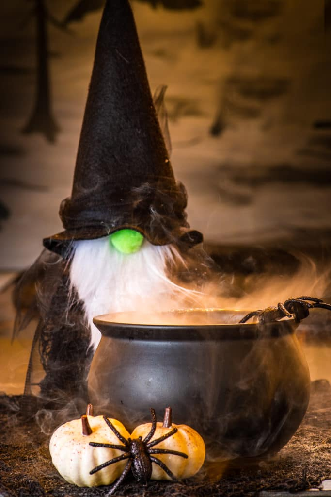Christmas Gnomes Diy.Diy Felt Gnome Witches A Quick Halloween Craft Project