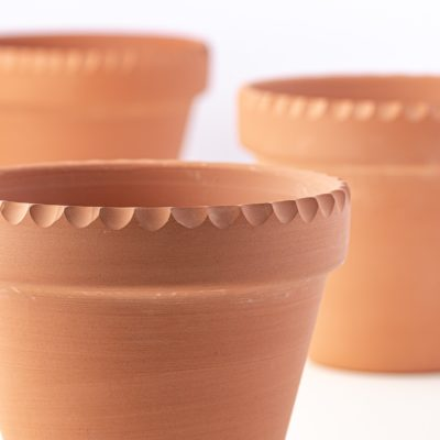 DIY Decorative Terracotta Pots With Scalloped Edges