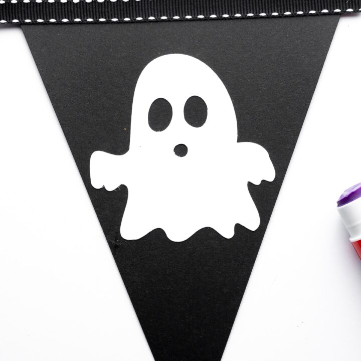 Simple Halloween Bunting With Free SVG Files